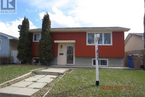 House for sale at 98 Trudelle Cres Regina Saskatchewan - MLS: SK757671