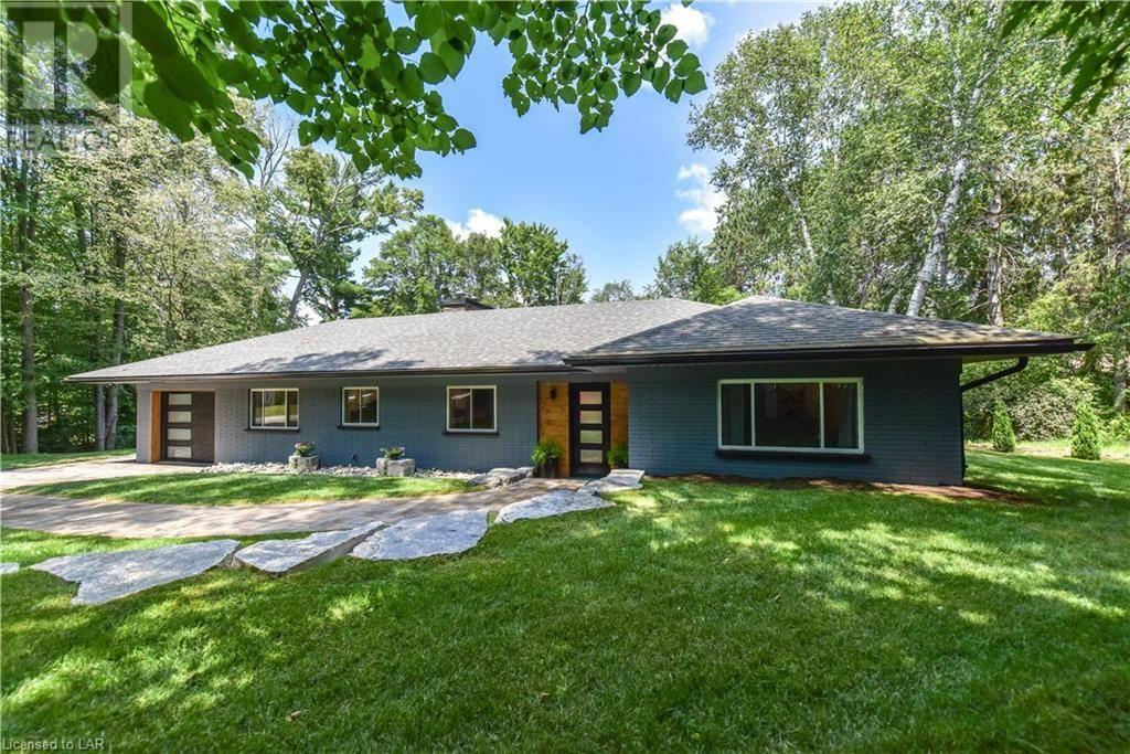 House for sale at 980 Austin St North Gravenhurst Ontario - MLS: 211885