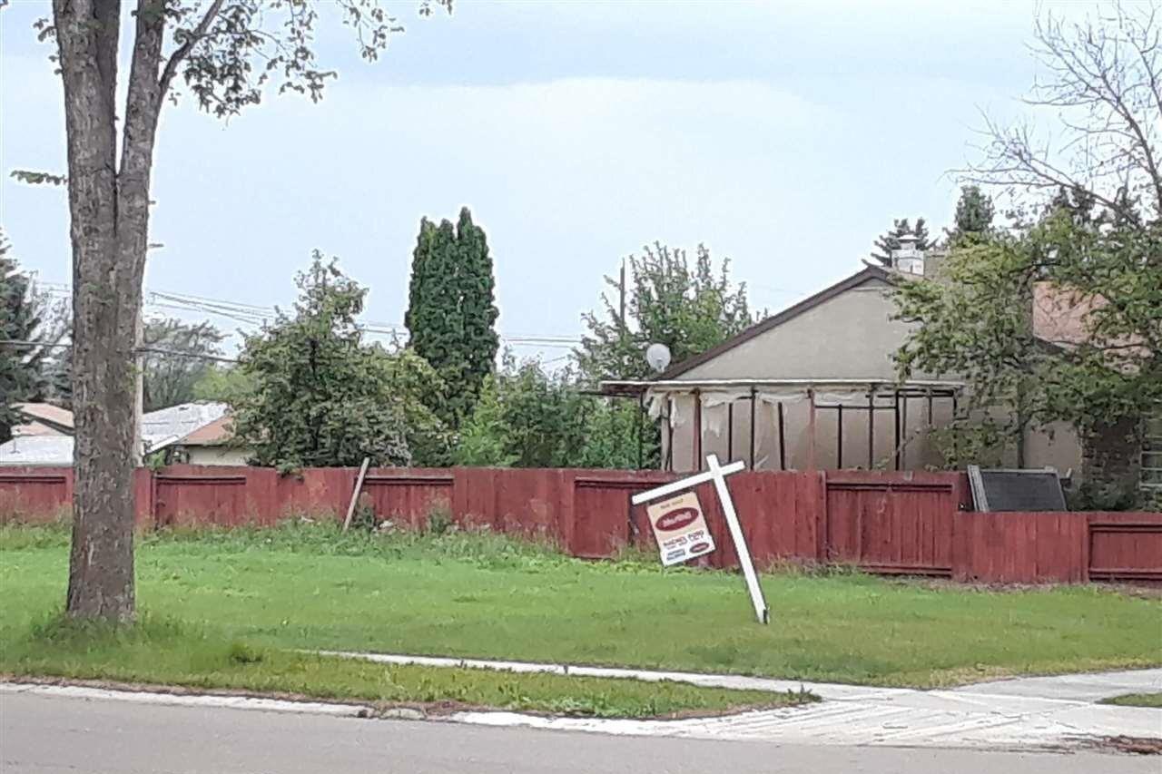 Residential property for sale at 9803 67 Av NW Edmonton Alberta - MLS: E4191008