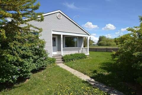 House for sale at 9804 108 Ave Grande Prairie Alberta - MLS: GP215600
