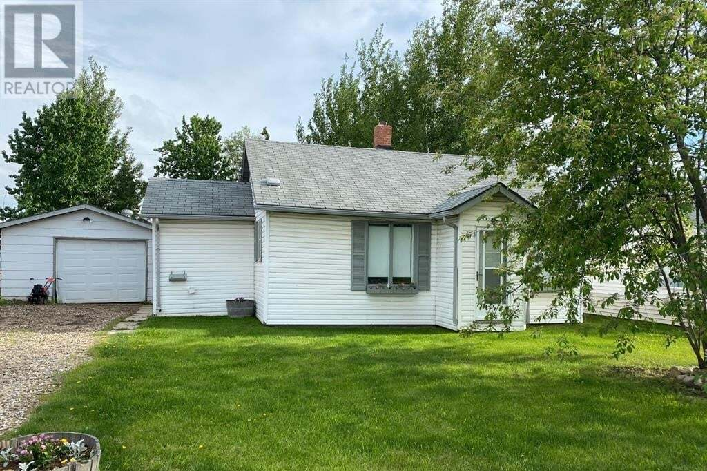 House for sale at 9807 109 Ave Grande Prairie Alberta - MLS: GP214997