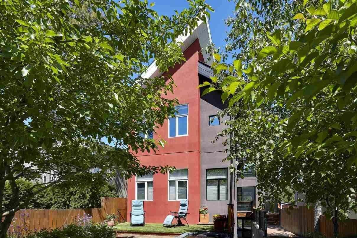 House for sale at 9812 93 Av NW Edmonton Alberta - MLS: E4202623