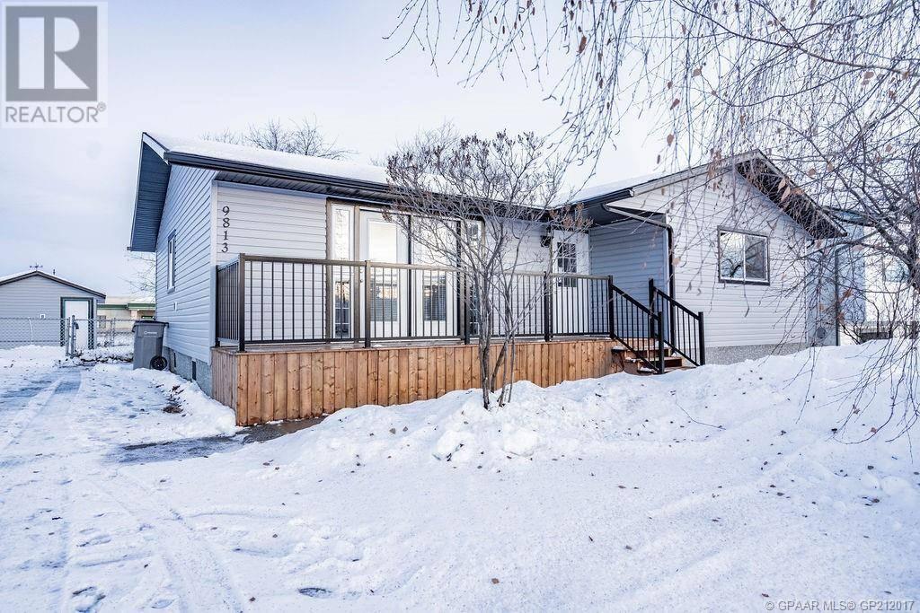 House for sale at 9813 92a St Grande Prairie Alberta - MLS: GP212017