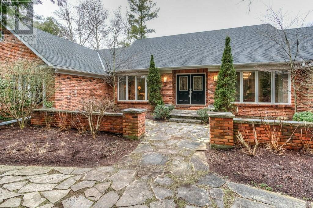 House for sale at 982 Stonebrook Rd Cambridge Ontario - MLS: 30800195