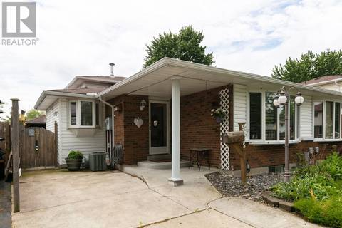House for sale at 9825 Lynngrove Cres Windsor Ontario - MLS: 19020141