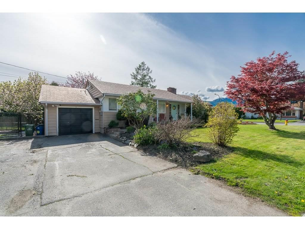 For Sale: 9825 Menzies Street, Chilliwack, BC   5 Bed, 2 Bath House for $634,000. See 1 photos!