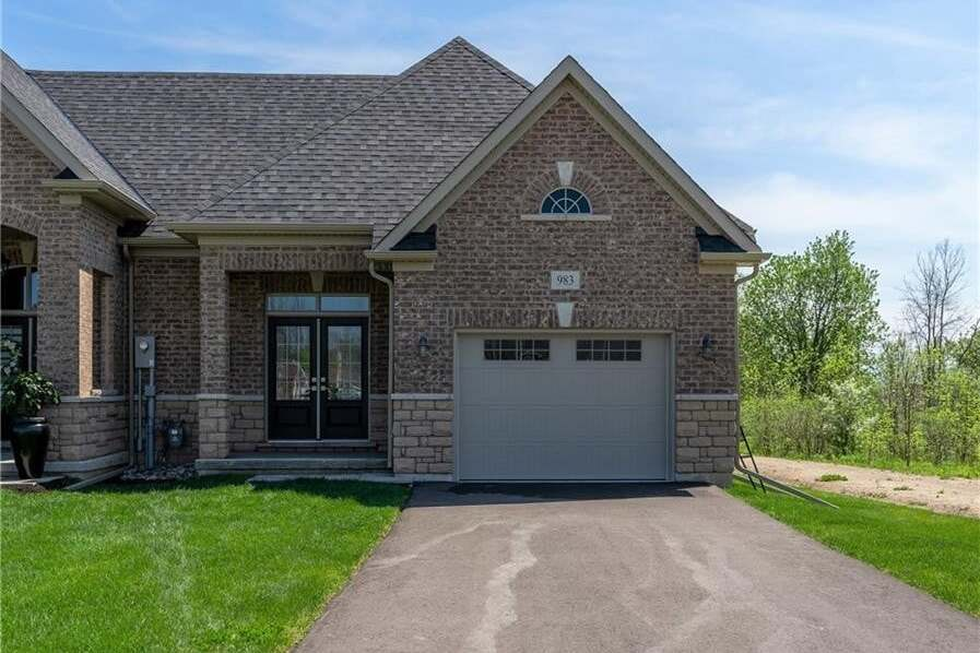 Townhouse for sale at 983 Kerby St Fort Erie Ontario - MLS: 30808733