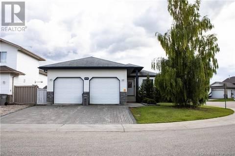 House for sale at 9831 65 Ave Grande Prairie Alberta - MLS: GP207629