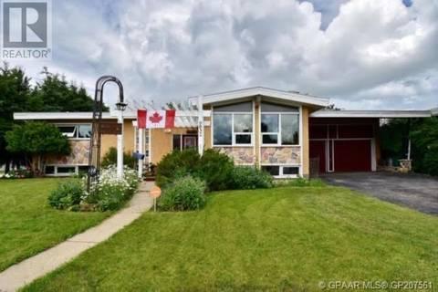 House for sale at 9832 105 Ave Grande Prairie Alberta - MLS: GP207561