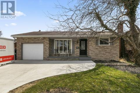 House for sale at 9835 Osborn Cres Windsor Ontario - MLS: 19016533