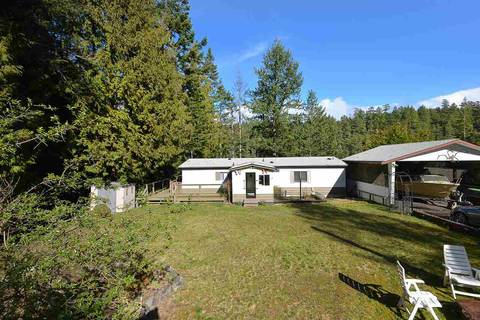 House for sale at 9838 Wescan Rd Halfmoon Bay British Columbia - MLS: R2440937