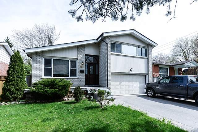 For Sale: 984 Melton Drive, Mississauga, ON   3 Bed, 3 Bath House for $985,000. See 20 photos!