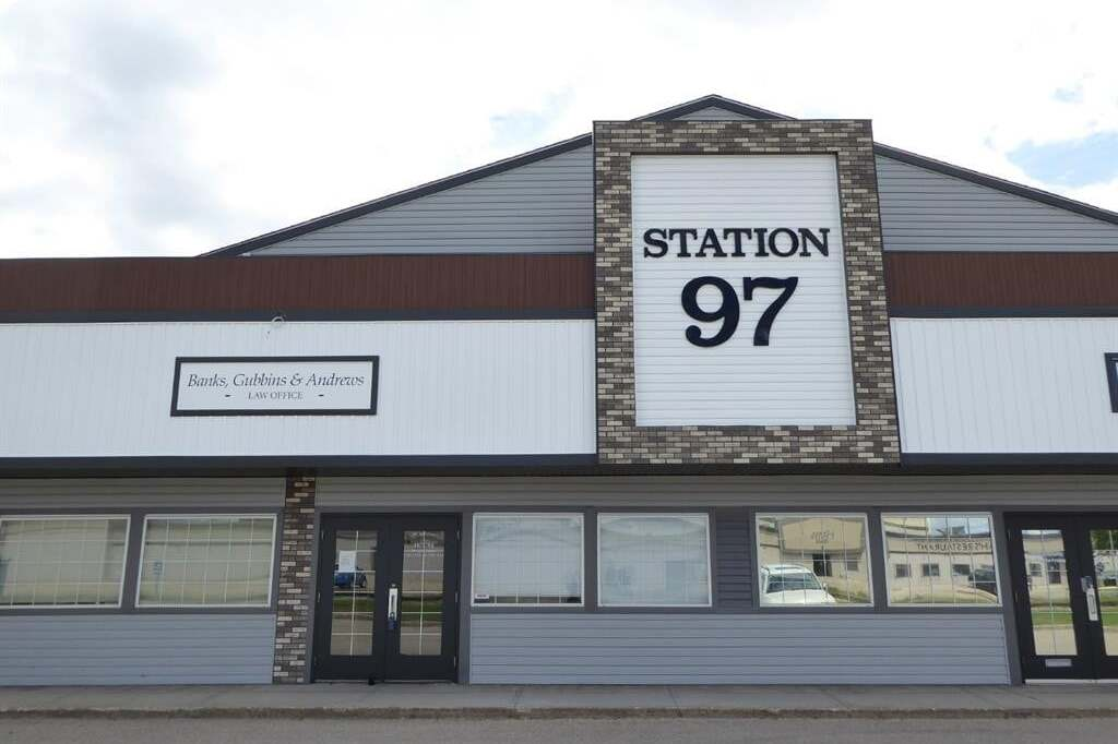 Commercial property for sale at 9840 97 Ave Grande Prairie Alberta - MLS: GP210435