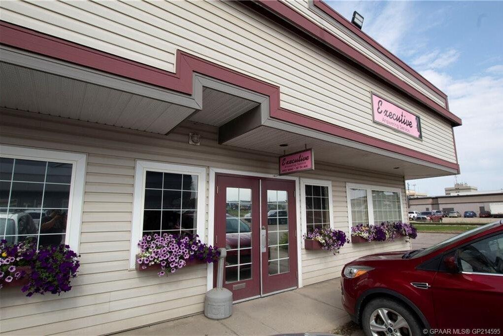 Commercial property for sale at 9840 97 Ave Grande Prairie Alberta - MLS: GP214595