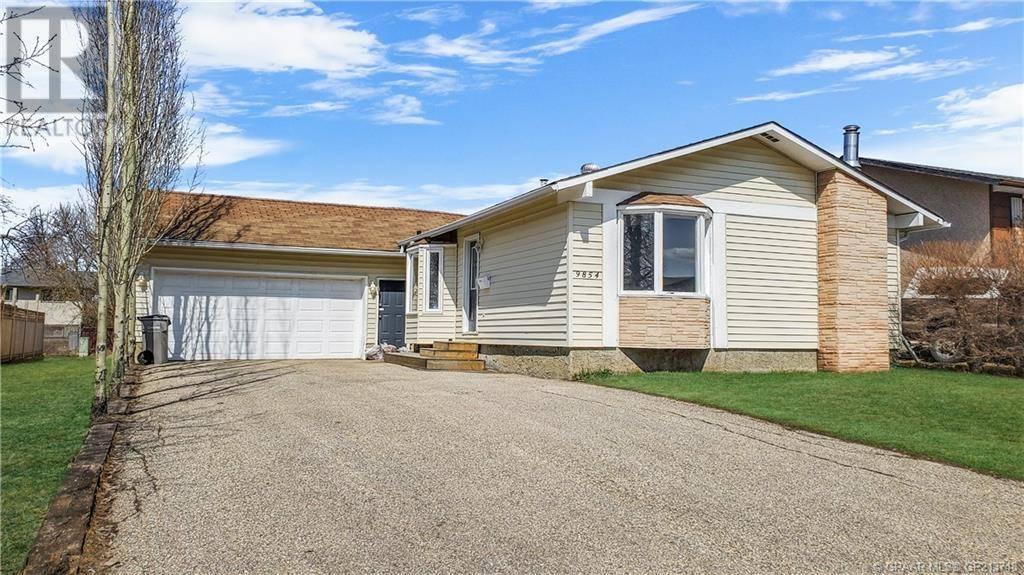 House for sale at 9854 Prairie Road  Grande Prairie Alberta - MLS: GP213748