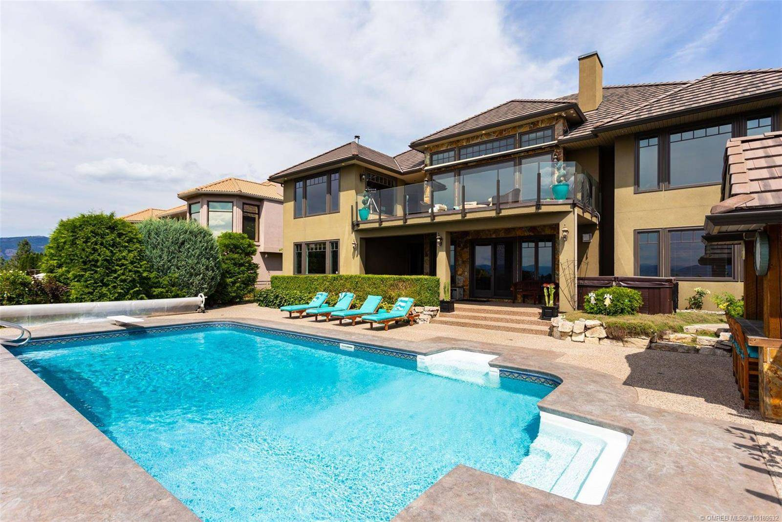 House for sale at 986 Skeena Dr Kelowna British Columbia - MLS: 10189632