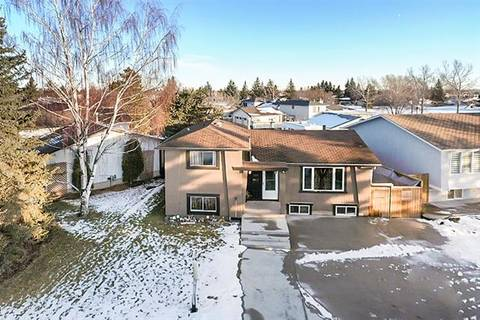 House for sale at 988 Rundlecairn Wy Northeast Calgary Alberta - MLS: C4278222