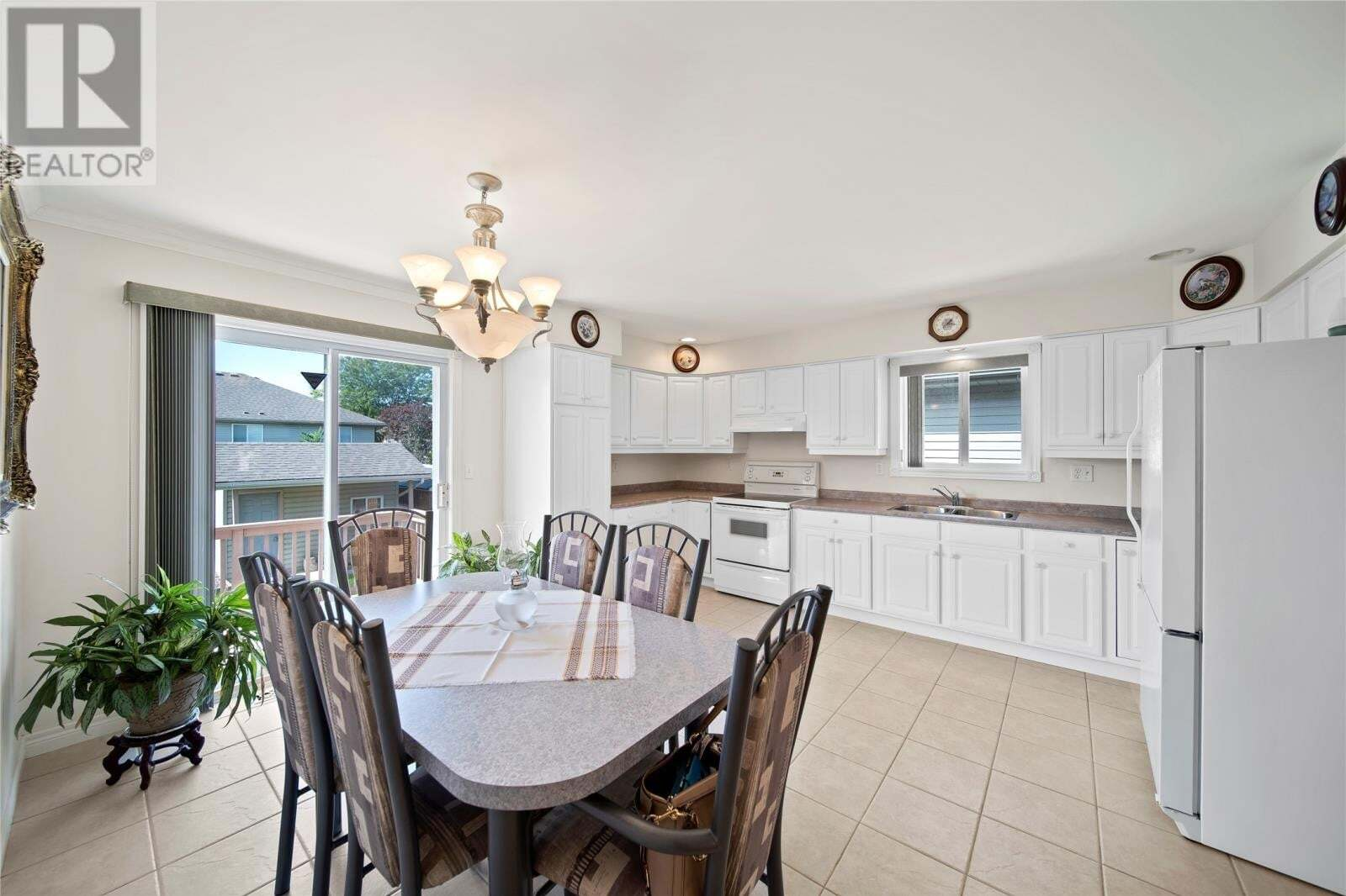989 Greenpark Boulevard, Windsor | Image 2