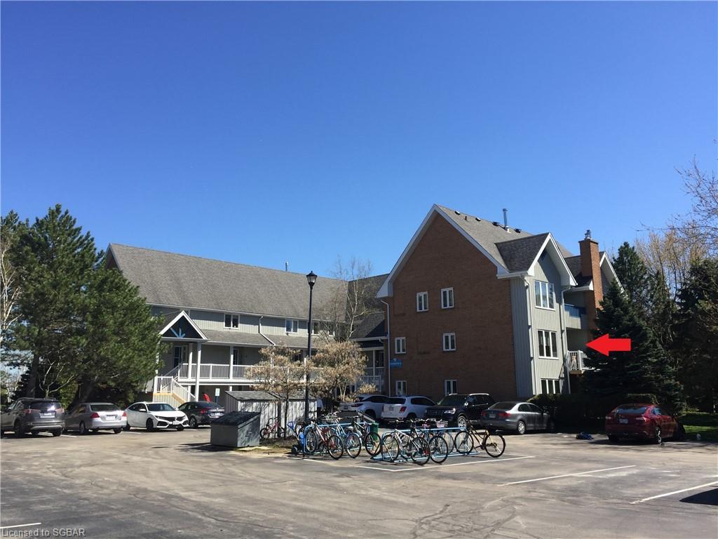 Buliding: 18 Ramblings Way, Collingwood, ON