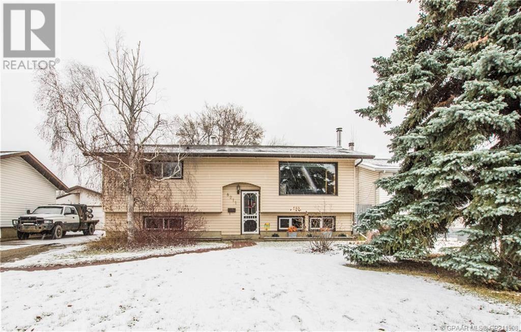House for sale at 8211 99 Street St Unit 99 Grande Prairie Alberta - MLS: GP211908