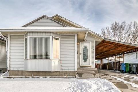 House for sale at 99 Abalone Wy Northeast Calgary Alberta - MLS: C4275585