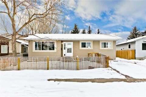 House for sale at 99 Falmead Rd NE Calgary Alberta - MLS: C4292917