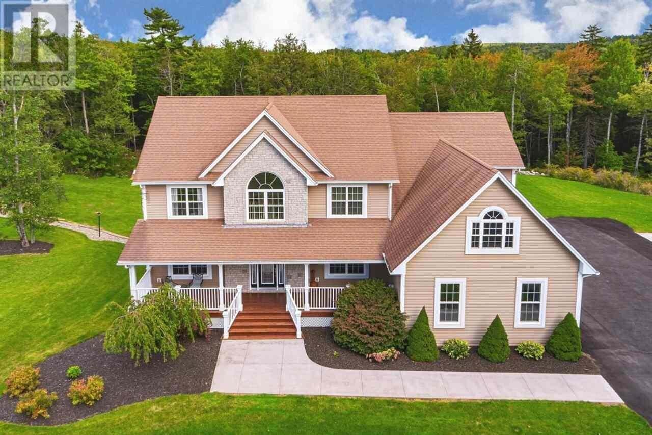 House for sale at 99 Karels Dr Fall River Nova Scotia - MLS: 201922544
