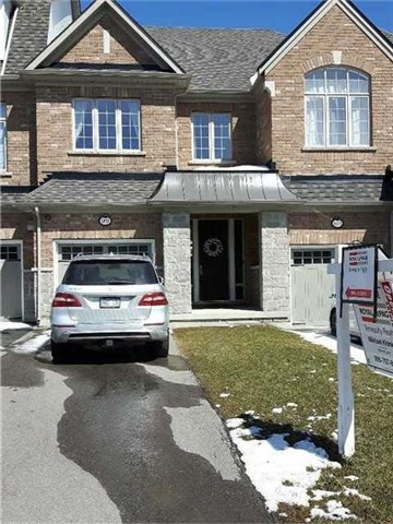 For Sale: 99 Lacewood Drive, Richmond Hill, ON | 3 Bed, 3 Bath Townhouse for $949,000. See 15 photos!