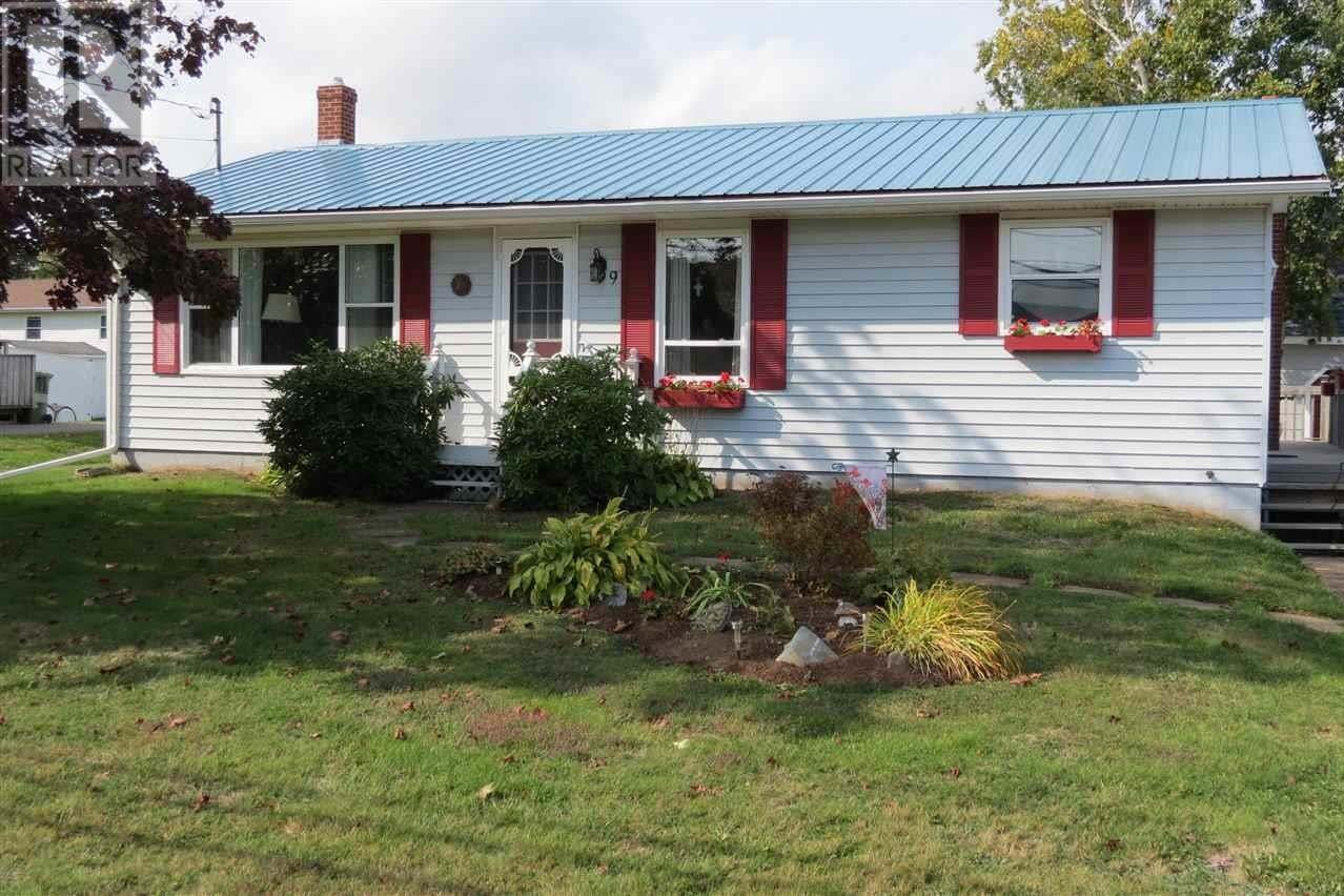 House for sale at 99 Oak Dr Sherwood Prince Edward Island - MLS: 202019971