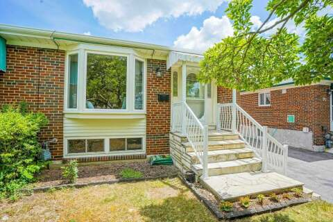 Townhouse for rent at 99 Painswick Cres Toronto Ontario - MLS: C4880480