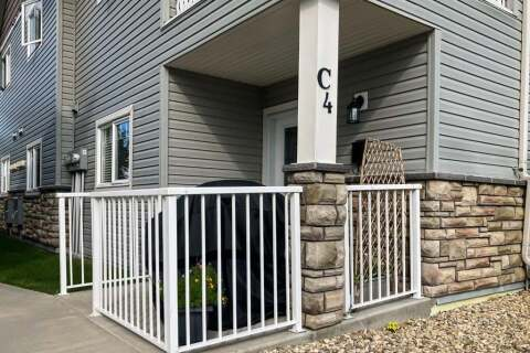 Townhouse for sale at 99 Pioneer Wy Blackfalds Alberta - MLS: A1028606