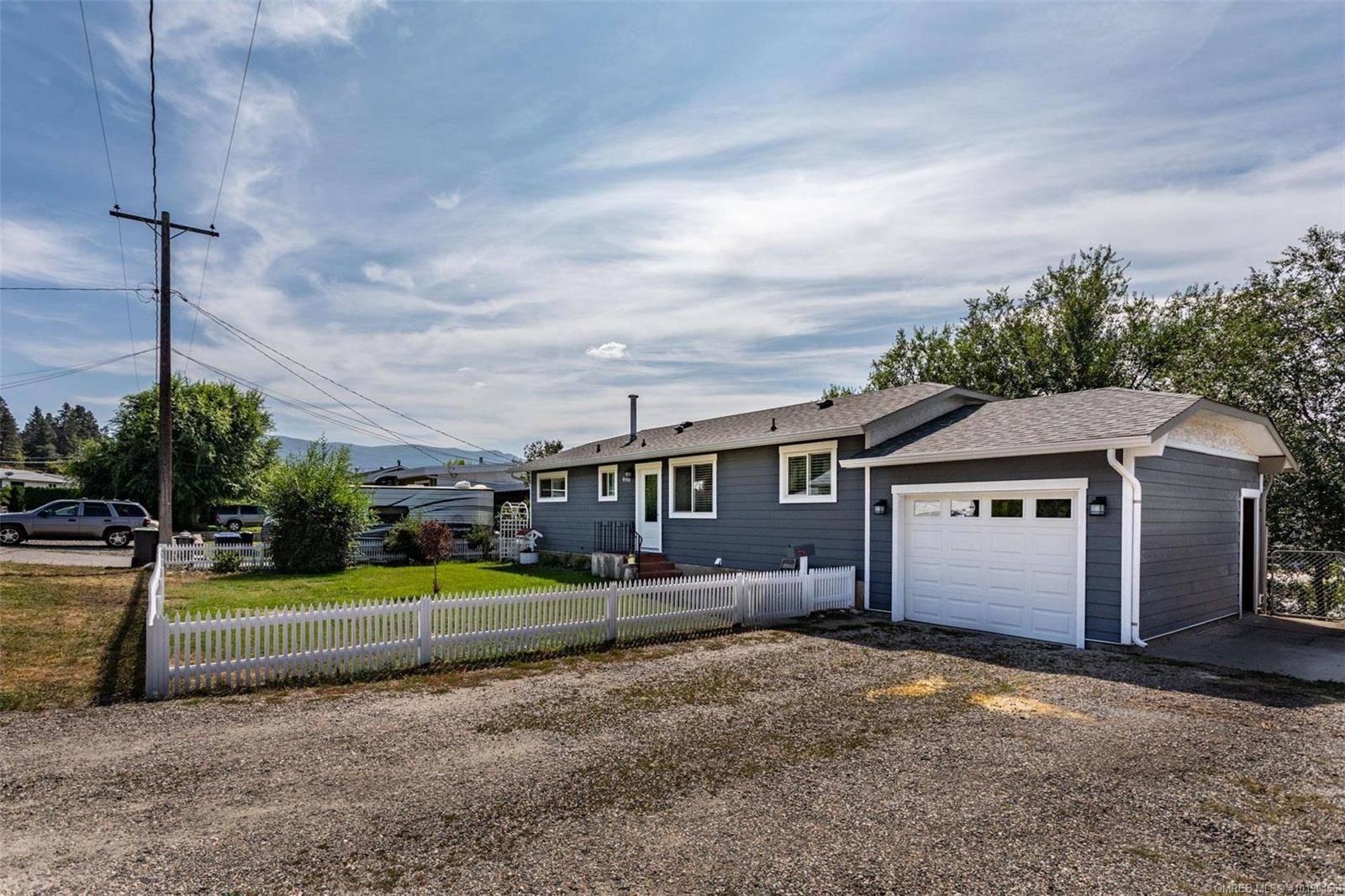 House for sale at 990 Cactus Rd Kelowna British Columbia - MLS: 10190456