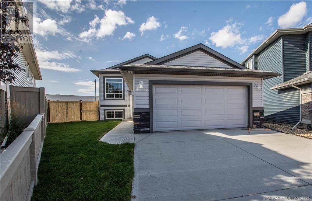 House for sale at 9906 90a St Grande Prairie Alberta - MLS: GP208225