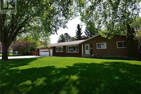 House for sale at 9907 107 Ave Grande Prairie Alberta - MLS: GP204627