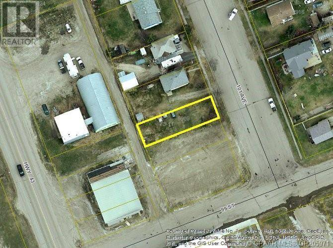 Residential property for sale at 9909 101 Ave Hythe Alberta - MLS: GP205971