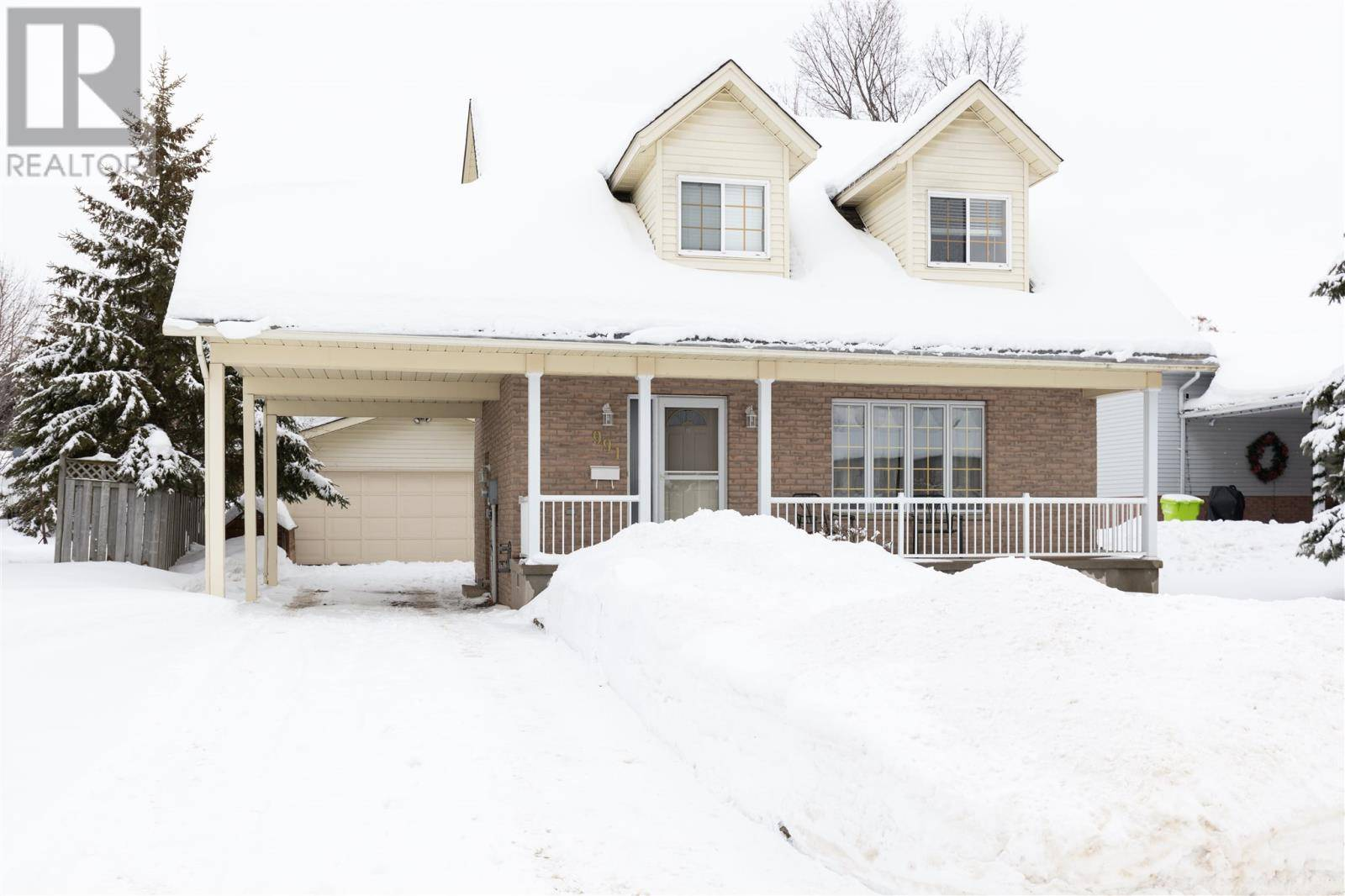 House for sale at 991 Lake St Sault Ste. Marie Ontario - MLS: SM127823