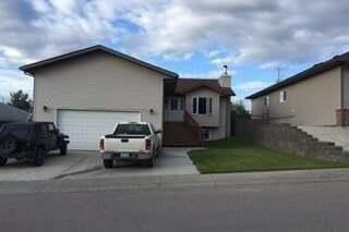 House for sale at 991 Thompson Cres La Ronge Saskatchewan - MLS: SK810612