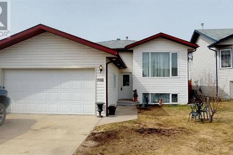 House for sale at 9918 104 St Sexsmith Alberta - MLS: GP204977