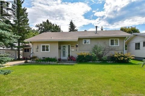 House for sale at 9919 91 Ave Grande Prairie Alberta - MLS: GP207825
