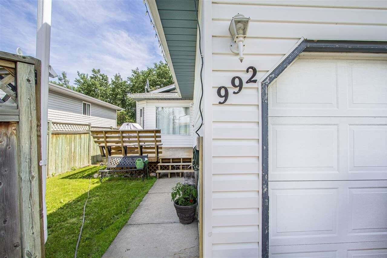 Townhouse for sale at 992 13 St Cold Lake Alberta - MLS: E4205448