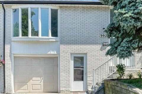 Townhouse for sale at 992 Blairholm Ave Mississauga Ontario - MLS: W4817149
