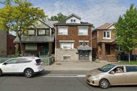 House for sale at 992 Woodbine Ave Toronto Ontario - MLS: E5066412
