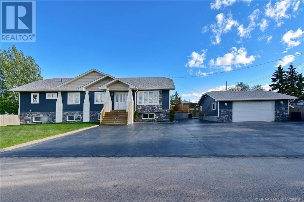 House for sale at 9932 98 St Wembley Alberta - MLS: GP208194