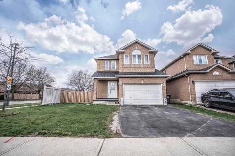 House for sale at 995 Ivandale Dr Mississauga Ontario - MLS: W4774065