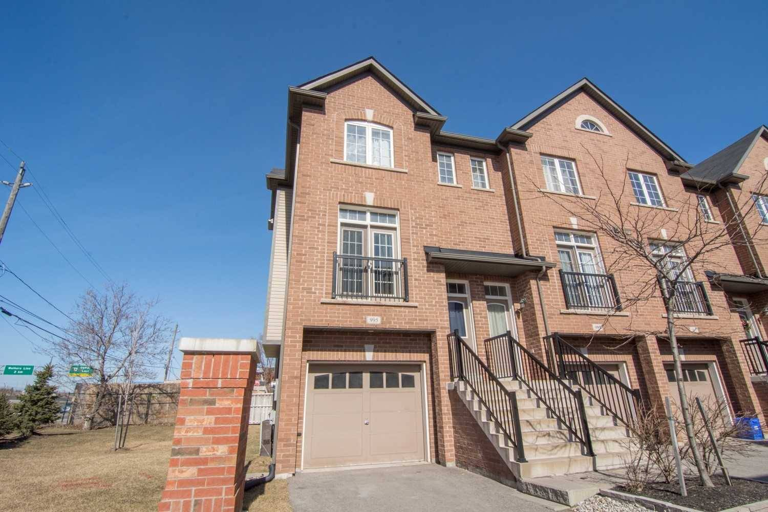 Townhouse for sale at 995 Reimer Common  Burlington Ontario - MLS: W4391201