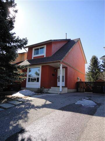 House for sale at 995 Woodview Cres Southwest Calgary Alberta - MLS: C4287276