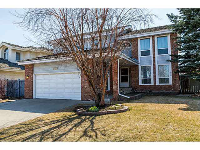 For Sale: 997 Ogilvie Boulevard, Edmonton, AB | 3 Bed, 3 Bath House for $575,000. See 19 photos!