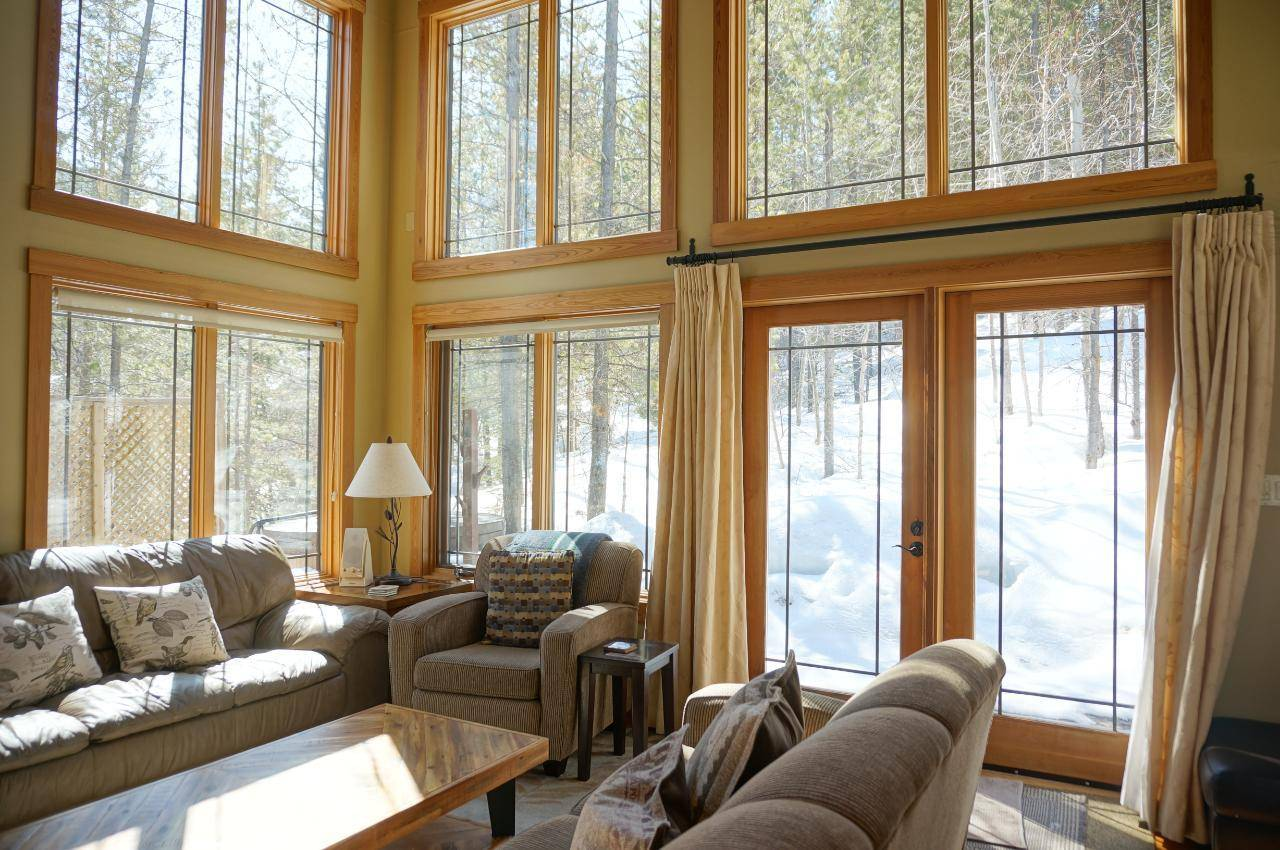 House for sale at 9982 Wildwood Lane  Panorama British Columbia - MLS: 2451350