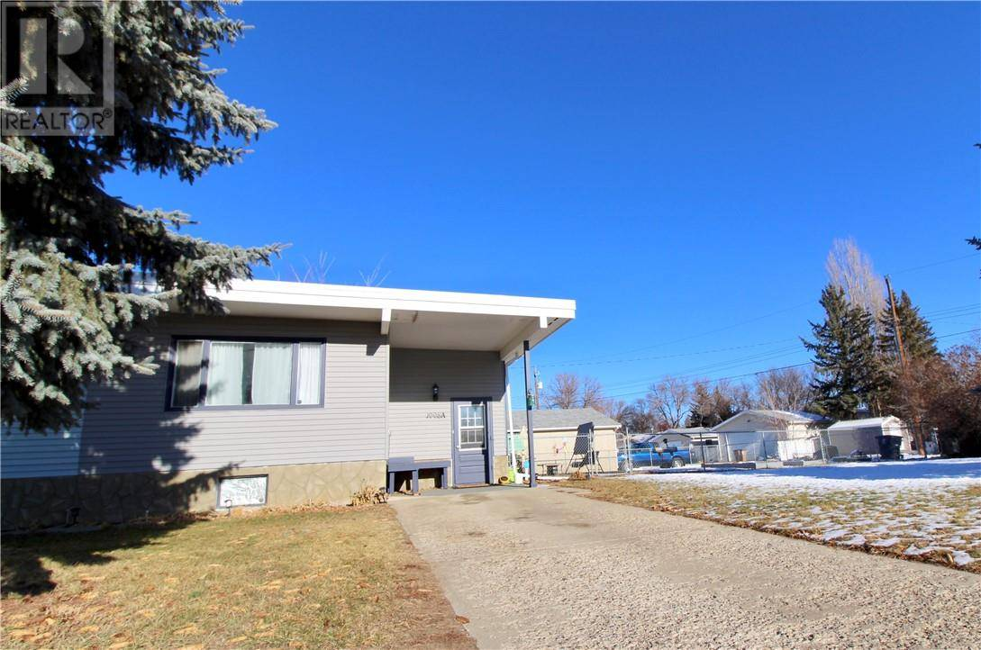 Townhouse for sale at 1008 2 Ave Unit A Brooks Alberta - MLS: sc0184090