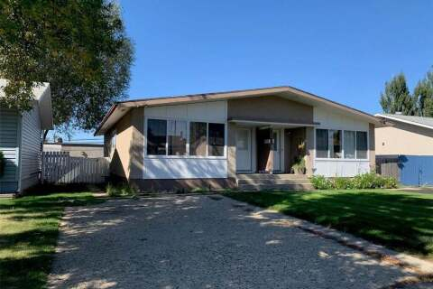 Townhouse for sale at 2103 101st St Unit A North Battleford Saskatchewan - MLS: SK803131